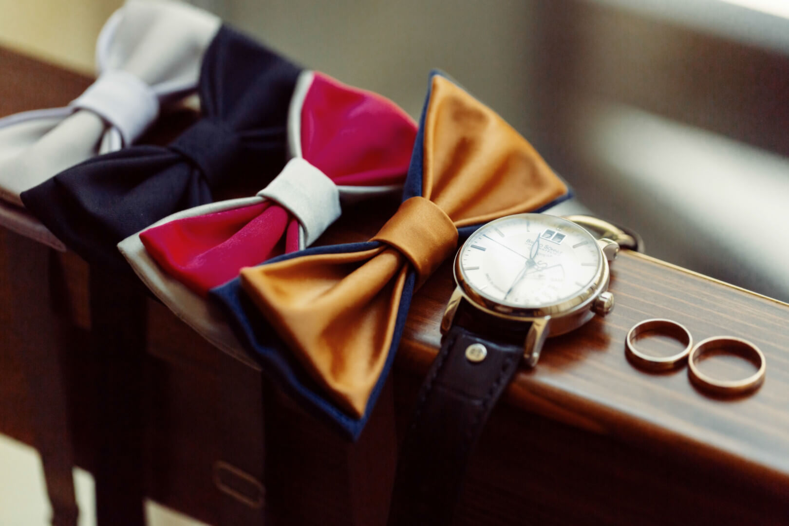 wedding accessories for men